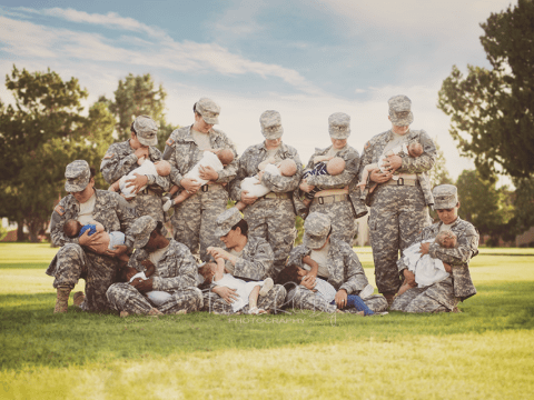 Historic photograph shows serving US soldiers breastfeeding their babies