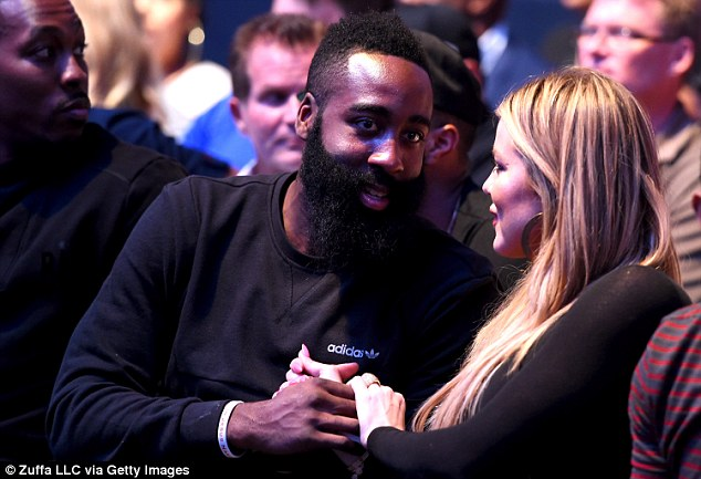 2D9005BB00000578-3279556-Smitten_Khloe_Kardashian_is_pictured_earlier_this_month_with_boy-a-1_1445325746993