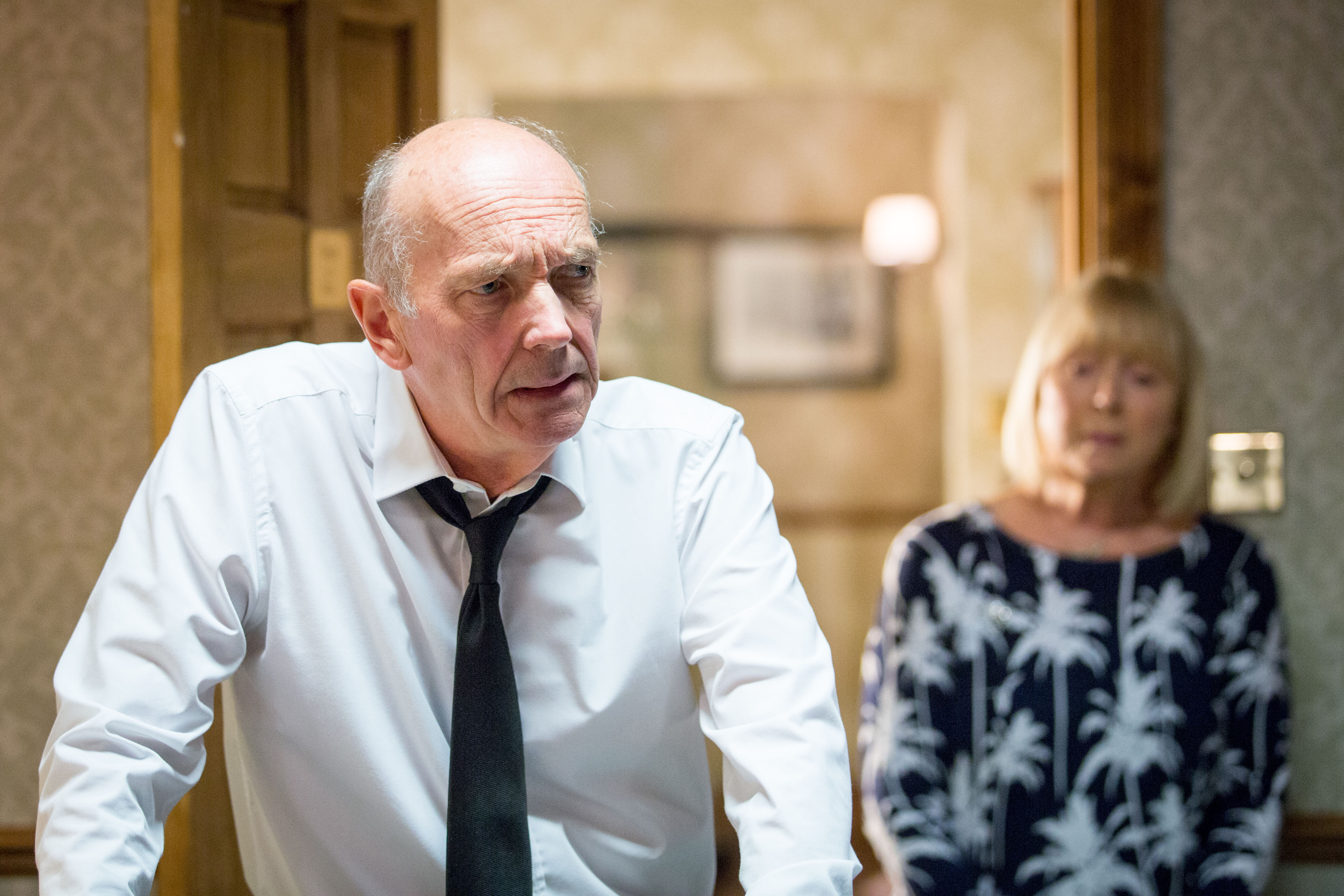 WARNING: Embargoed for publication until 00:00:01 on 13/10/2015 - Programme Name: EastEnders - TX: 19/10/2015 - Episode: 5157 (No. n/a) - Picture Shows: ***FORTNIGHTLIES PLEASE DO NOT USE (SOAP LIFE and ALL ABOUT SOAP) Pam tries to get to the bottom of what is wrong with Les and she is stunned to hear the truth. Les Coker (ROGER SLOMAN), Pam Coker (LIN BLAKLEY) - (C) BBC - Photographer: Guy Levy
