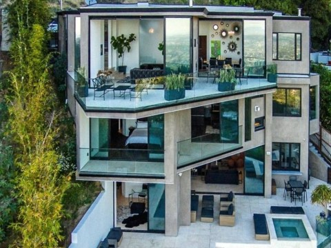A 23-year-old who plays Minecraft for a living just bought this house. So yeah…