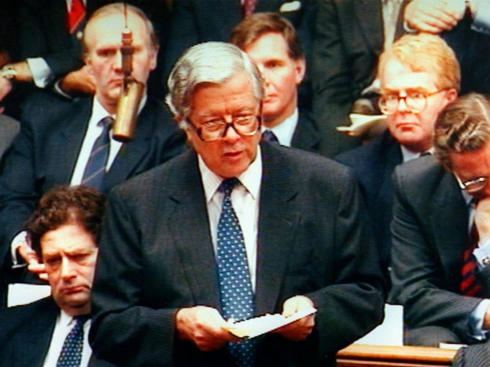 Geoffrey Howe dies of suspected heart attack at the age of 88