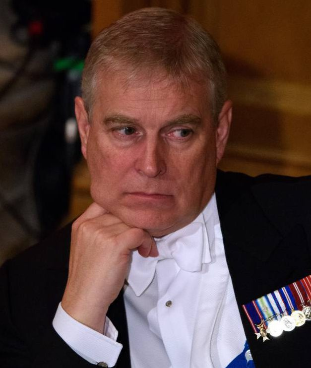 LONDON, ENGLAND - OCTOBER 21: Prince Andrew, Duke of York listens to President Xi Jinping of the People's Republic of China speaks during the Lord Mayors banquet at The Guildhall on October 21, 2015 in London, England. Xi Jinping and his wife, Peng Liyuan, are Visiting the United Kingdom as guests of The Queen. They will stay at Buckingham Palace and undertake engagements in London and Manchester. The last state visit paid by a Chinese President to the UK was Hu Jintao in 2005. (Photo by Ben Pruchnie/Getty Images)