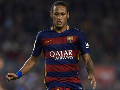 Manchester United may need to table £500,000-a-week contract offer to seal Neymar transfer – report
