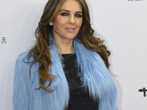 Elizabeth Hurley clearly hasn't aged since 1989, here's the proof