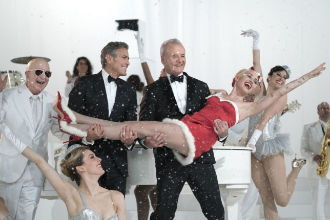 The Trailer for Bill Murray's Netflix Christmas Special Is Already the Best Gift Ever