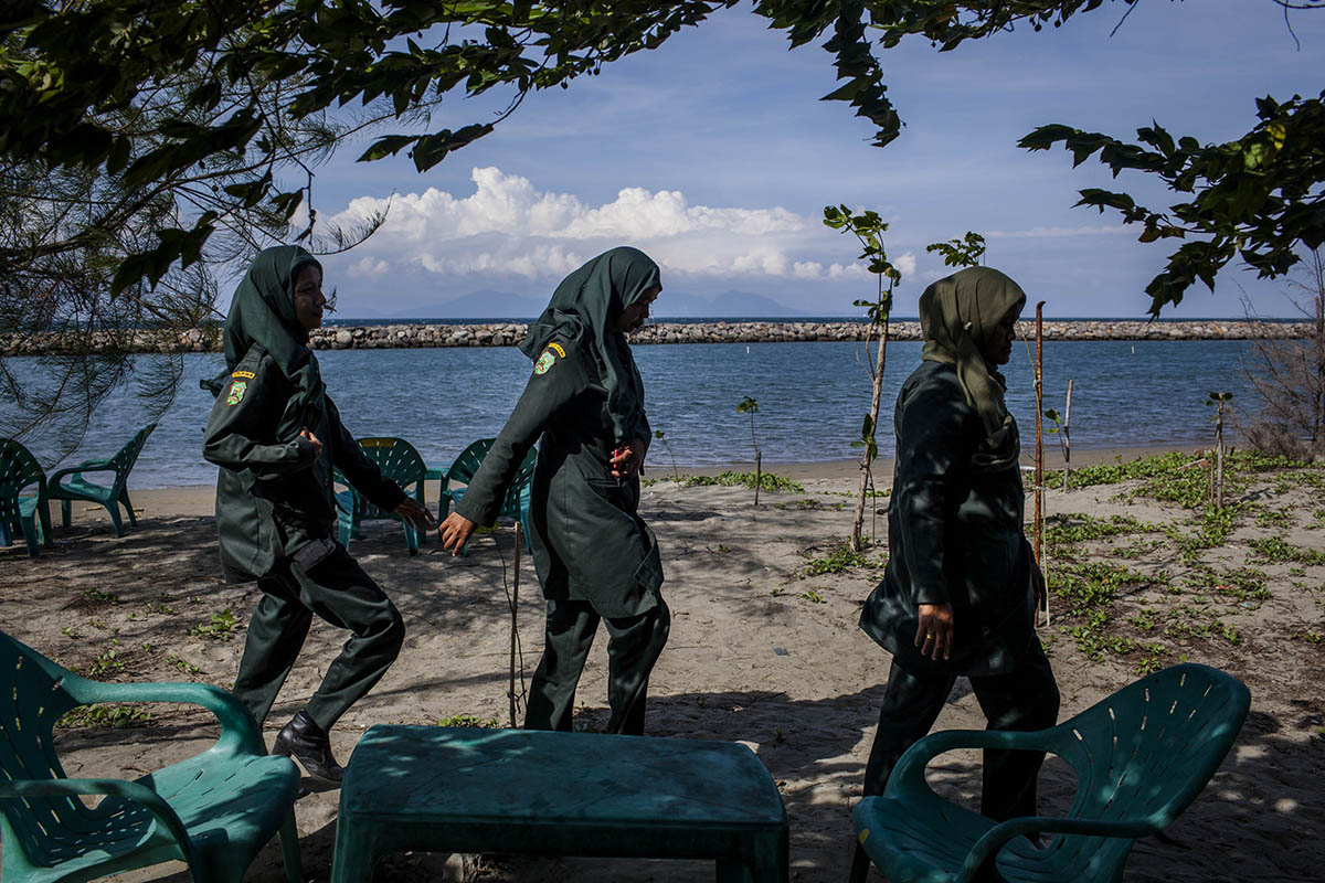 File photo of female Sharia police officers in Aceh, Indonesia (Picture: Getty Images)
