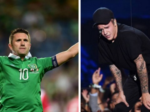Justin Bieber congratulates Robbie Keane as Republic of Ireland listen to 'What Do You Mean?' after Germany victory
