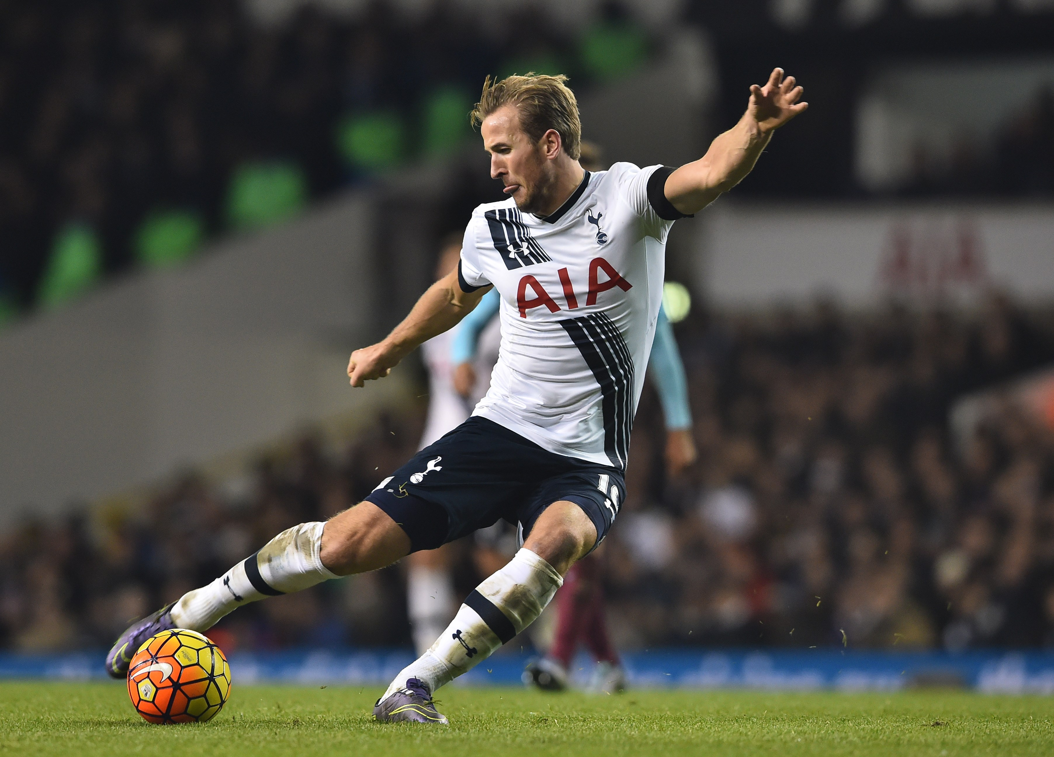 Chelsea prepared to go all-out to seal Harry Kane transfer from Tottenham – report