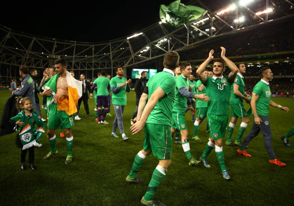 Pictures: Dublin erupts as the Republic of Ireland see off Bosnia to qualify for Euro 2016