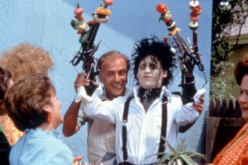 No Merchandising. Editorial Use Only. No Book Cover Usage Mandatory Credit: Photo by Everett/REX Shutterstock (2075335a) EDWARD SCISSORHANDS, Alan Arkin, Johnny Depp, 1990 EDWARD SCISSORHANDS, Alan Arkin, Johnny Depp, 1990