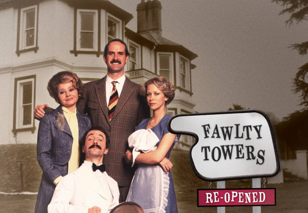 Telelvision Programme: Fawlty Towers - Re-Opened. John Cleese as Basil Fawlty, Prunella Scales as Sybil Fawlty, Connie Booth as Polly Sherman and Andrew Sachs as Manuel. Fawlty_Towers_Re-opened.jpg