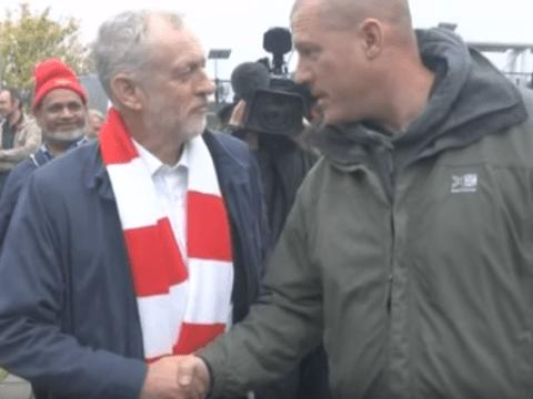 Arsenal fan Jeremy Corbyn bridges the football fan divide by earning support of Tottenham Hotspur fan