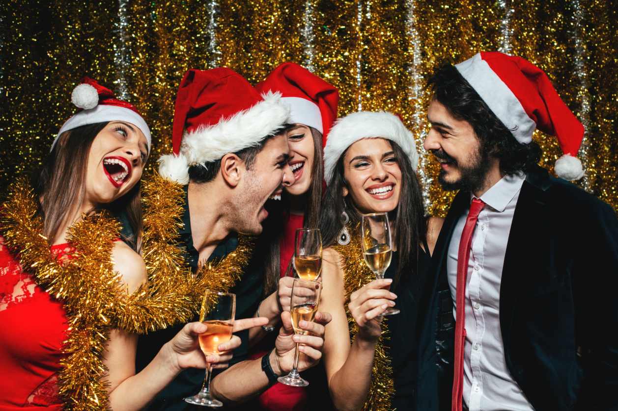 12 reasons going out on Christmas Eve is a terrible idea
