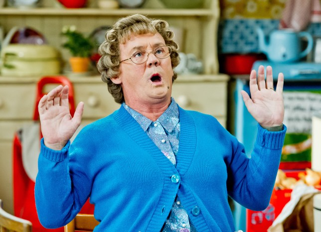 WARNING: Embargoed for publication until 00:00:01 on 05/12/2015 - Programme Name: Mrs Brown's Boys Christmas Special 2015 - TX: 01/01/2016 - Episode: New Year (No. New Year Special) - Picture Shows: STRICTLY EMARGOED UNTIL 00:01 HOURS ON SATURDAY 5TH DECEMBER 2015. Agnes Brown (BRENDAN O'CARROLL) - (C) BBC - Photographer: Alan Peebles