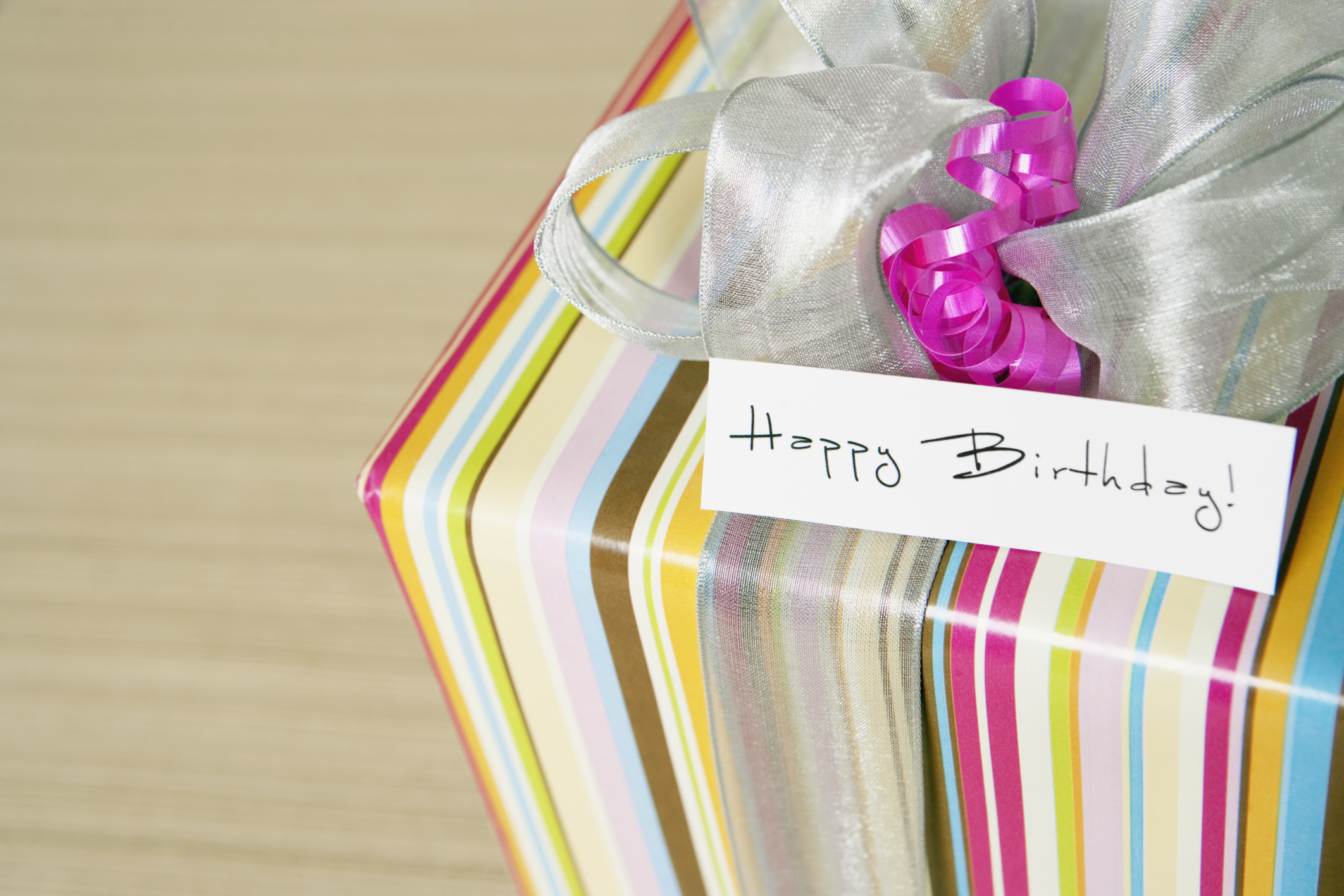 6 Christmas wrapping fails that will make you feel better about your efforts