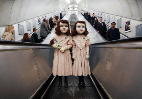 Derren Brown promotes new Thorpe Park ride with 2 life-size dolls on