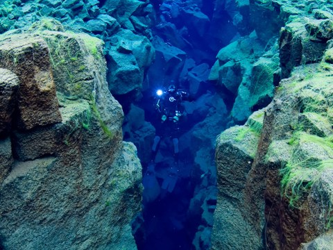 Diver swims between Europe and North America (sort of)