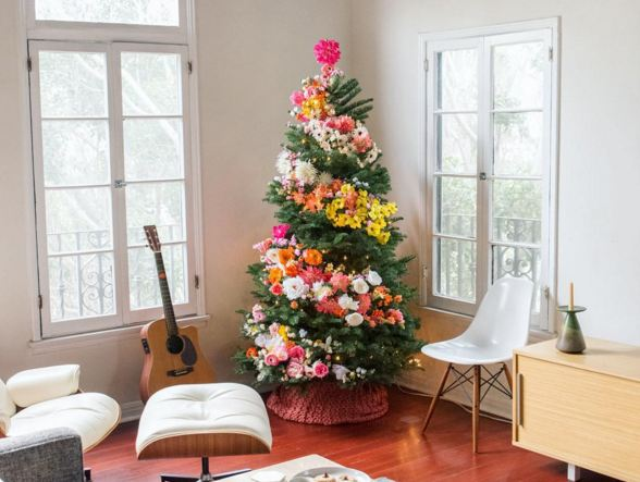 floral christmas tree by designlovefest