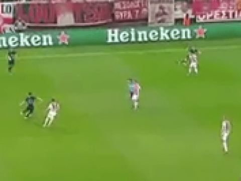Watch: Arsenal's Ozil eliminates five Olympiakos defenders with one unreal pass