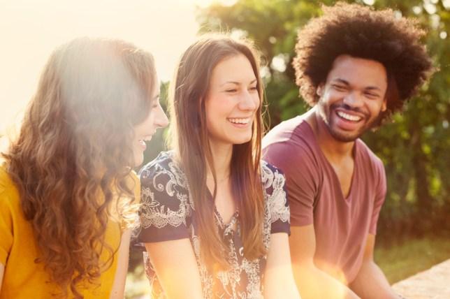 Online-Dating-Poly Ein Mann mit Legasthenie datiert