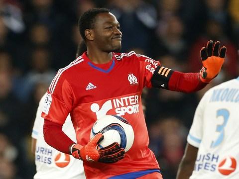 Liverpool target free transfer of Marseille star Steve Mandanda – report