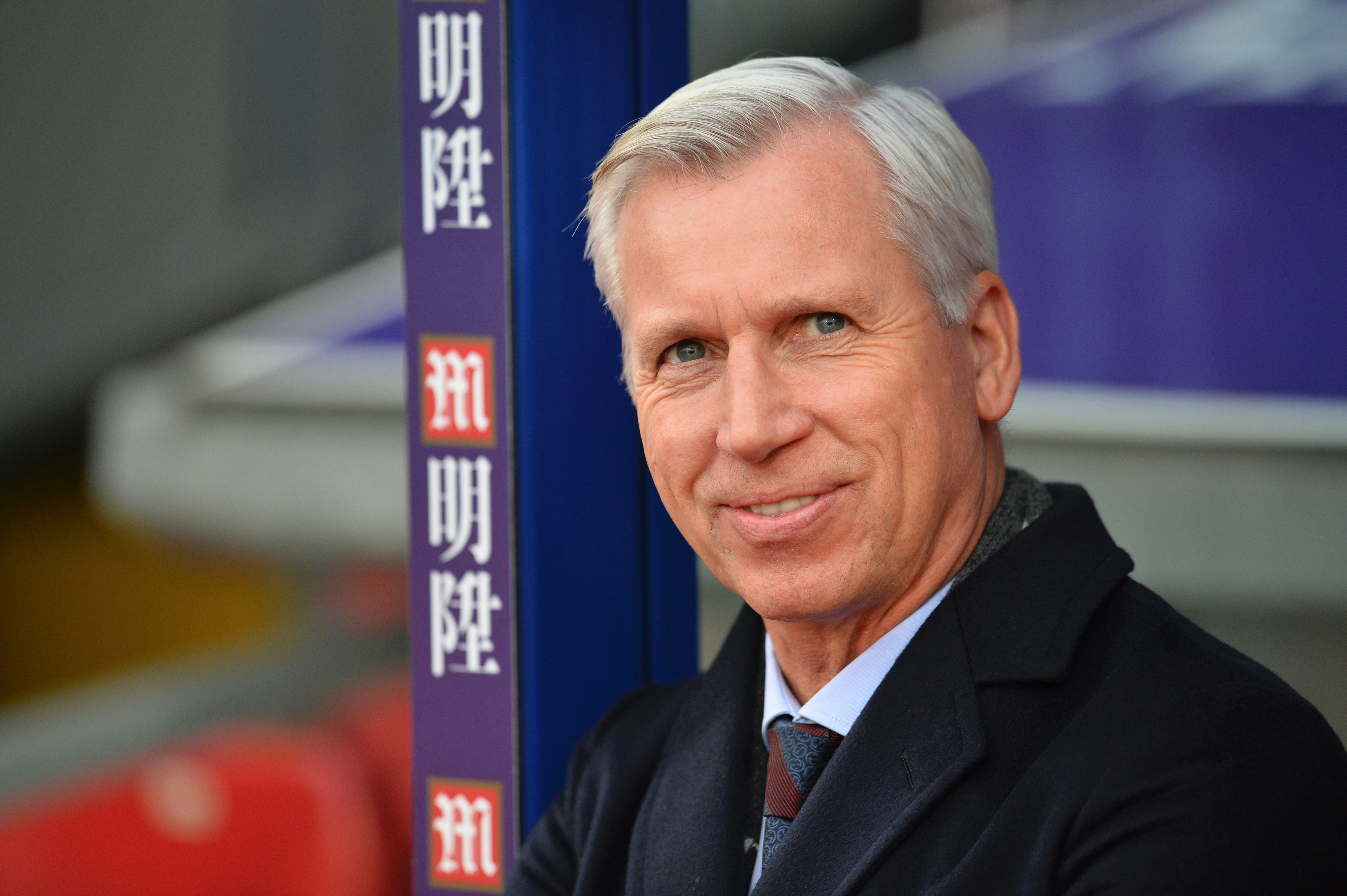Alan Pardew hits out at Neil Warnock and dismisses Charlie Austin link
