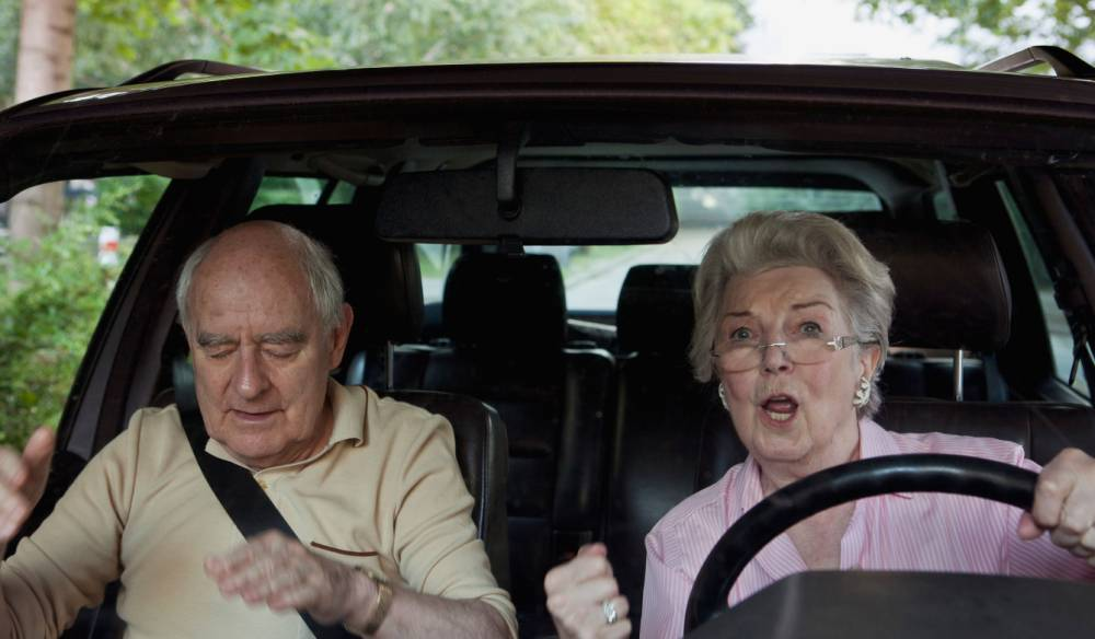 Sorry men, turns out women are the better drivers after all