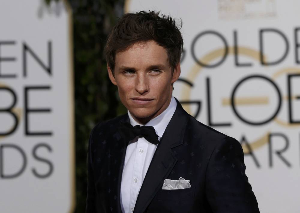 Actor Eddie Redmayne arrives at the 73rd Golden Globe Awards in Beverly Hills, California January 10, 2016. REUTERS/Mario Anzuoni