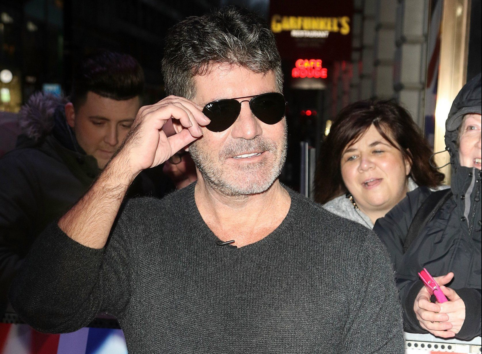 26.January.2016 - London ñ UK Simon Cowell Judges and Presenters at Britain's Got Talent Auditions, London. BYLINE MUST READ : XPOSUREPHOTOS.COM ***UK CLIENTS - PICTURES CONTAINING CHILDREN PLEASE PIXELATE FACE PRIOR TO PUBLICATION*** UK CLIENTS MUST CALL PRIOR TO TV OR ONLINE USAGE PLEASE TELEPHONE 0208 344 2007