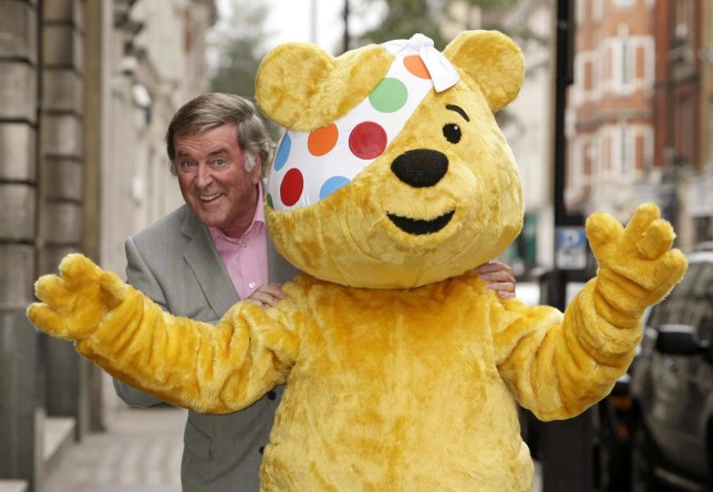 File photo dated 06/11/08 of Sir Terry Wogan with Pudsey the bear during a Children in Need photo call, as the veteran broadcaster has died aged 77 following a short illness. PRESS ASSOCIATION Photo. Issue date: Sunday January 31, 2016. See PA story DEATH Wogan. Photo credit should read: Yui Mok/PA Wire