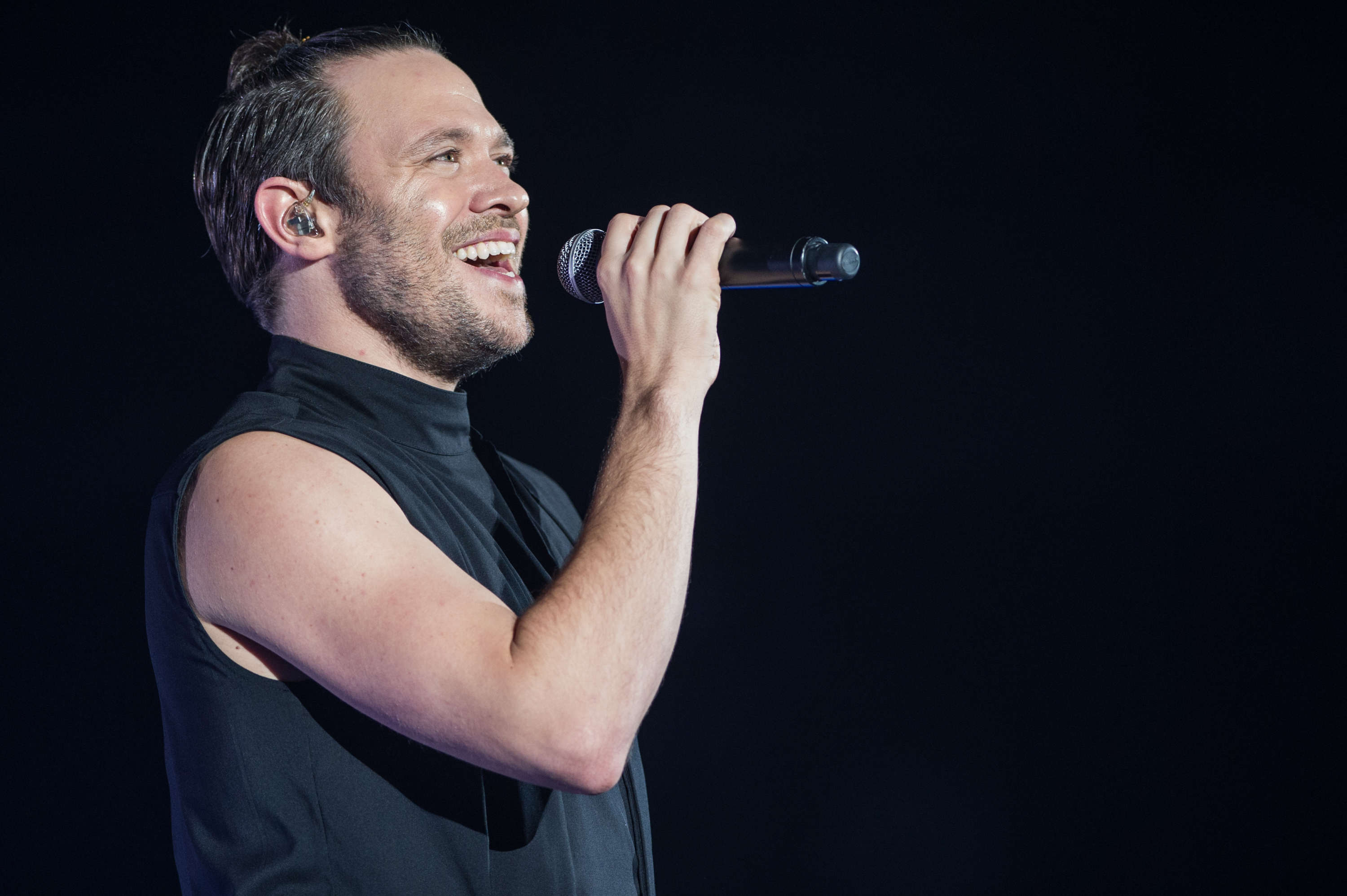 Will Young was fined for using his phone behind the wheel (Picture: Getty)
