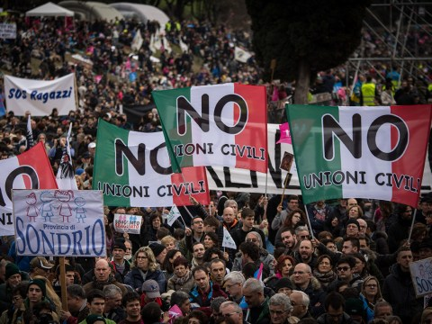 Tens of thousands turn out in protest AGAINST gay marriage in Italy