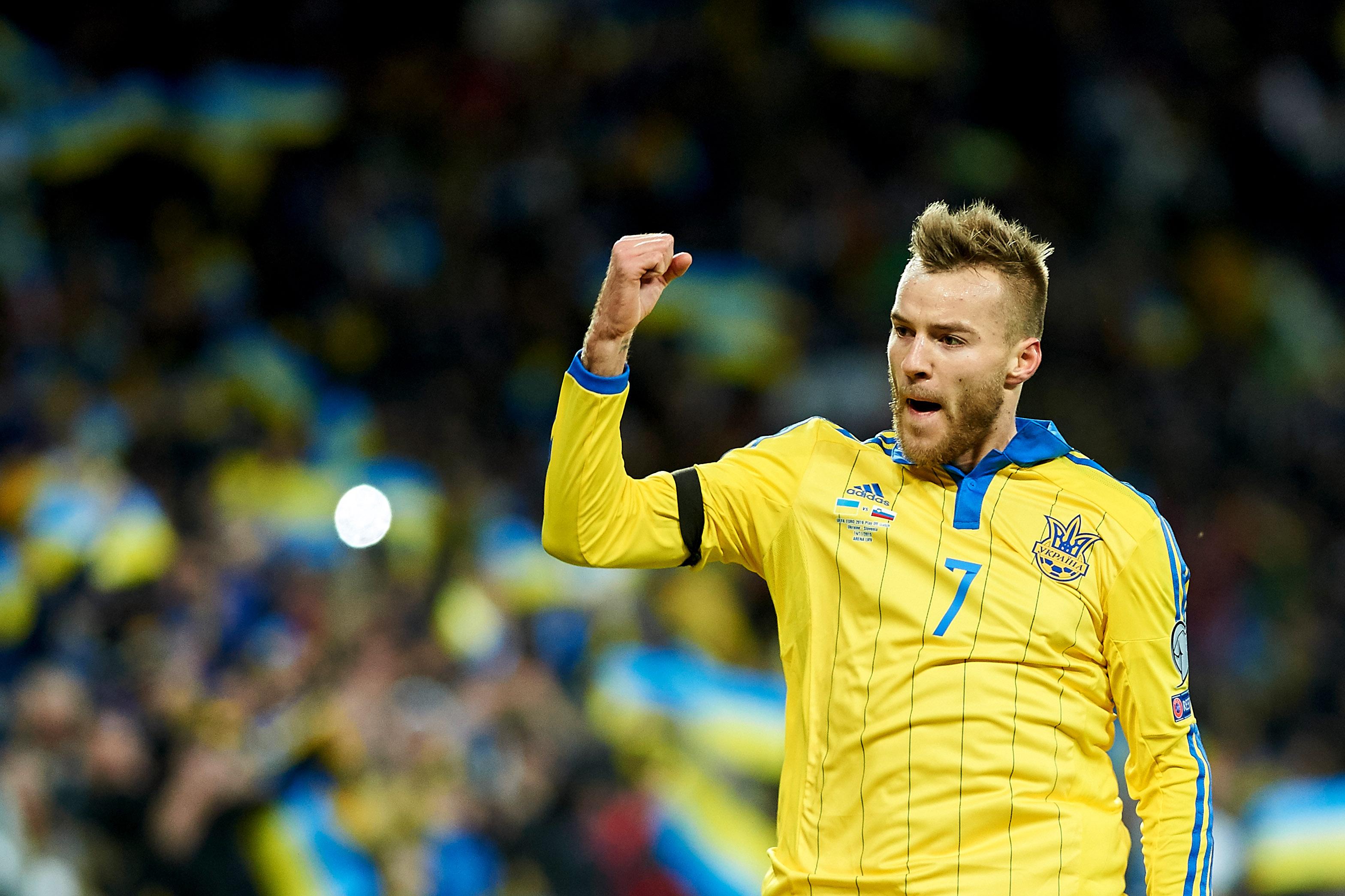 Everton should push for Andriy Yarmolenko transfer in the summer