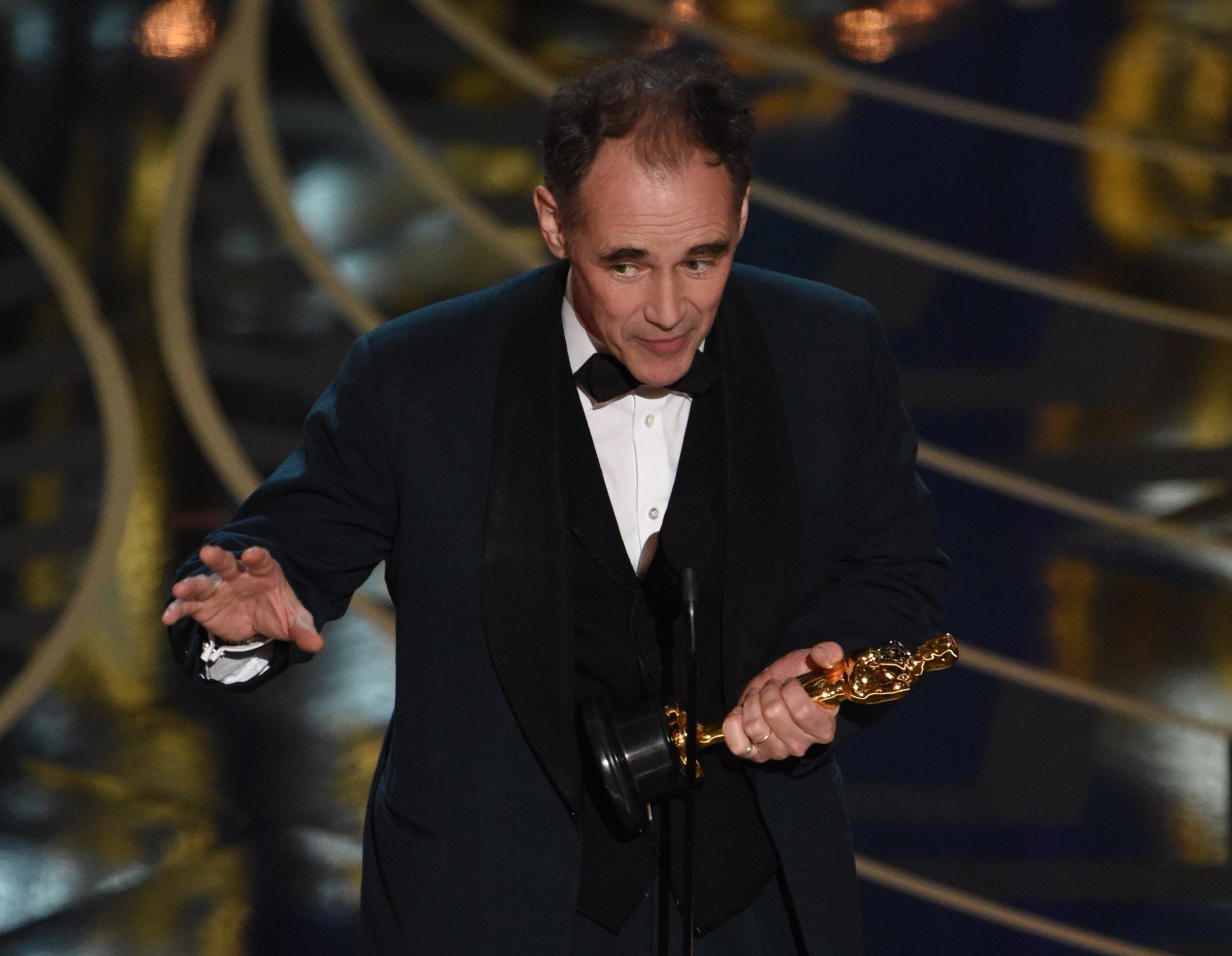 Oscars 2016: Mark Rylance gives a heartfelt acceptance speech as he wins best supporting actor