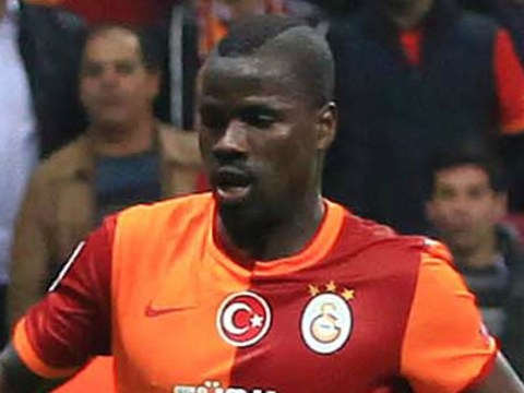 Ex-Arsenal star Emmanuel Eboue in training with Sunderland ahead of possible move