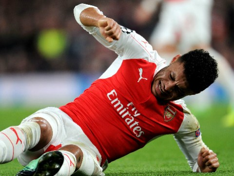 Arsene Wenger should sell Alex Oxlade-Chamberlain as Alex Iwobi can replace him at Arsenal