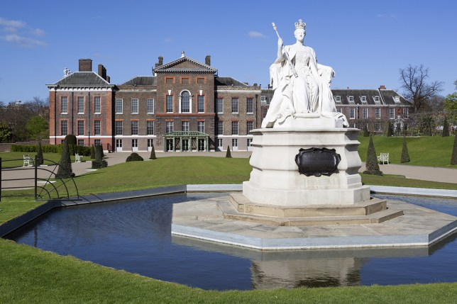Kensington Palace and Queen Victoria statue, Kensington Gardens, London, England, United Kingdom, Europe Credit: Stuart Black / robertharding/ Getty Images
