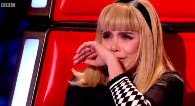 paloma-faith-cries-on-the-voice