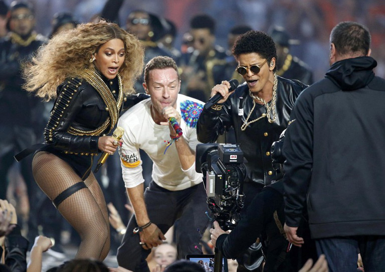 Chris Martin is the Internet's new favourite meme after Super Bowl 50 performance