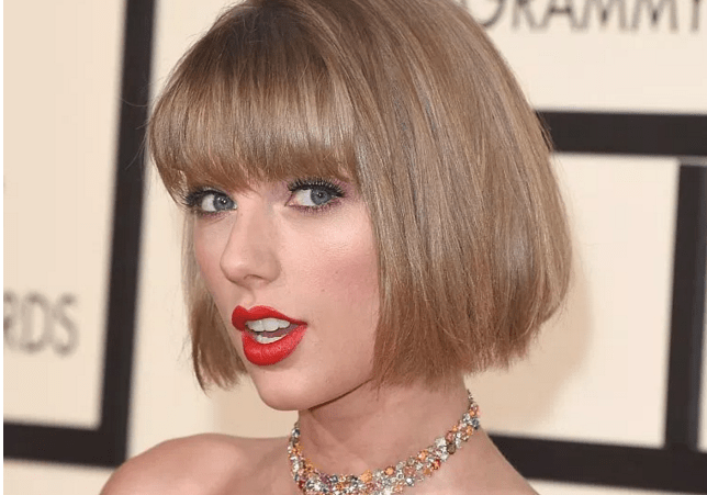 Taylor Swift Has Platinum Hair On Her Vogue Cover And People Don T Know What To Think Metro News