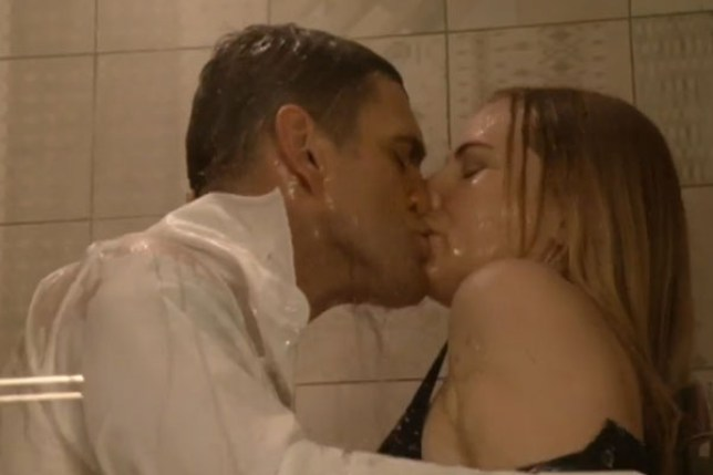 1457989350_ronnie-mitchell-eastenders-jack-branning-kissing