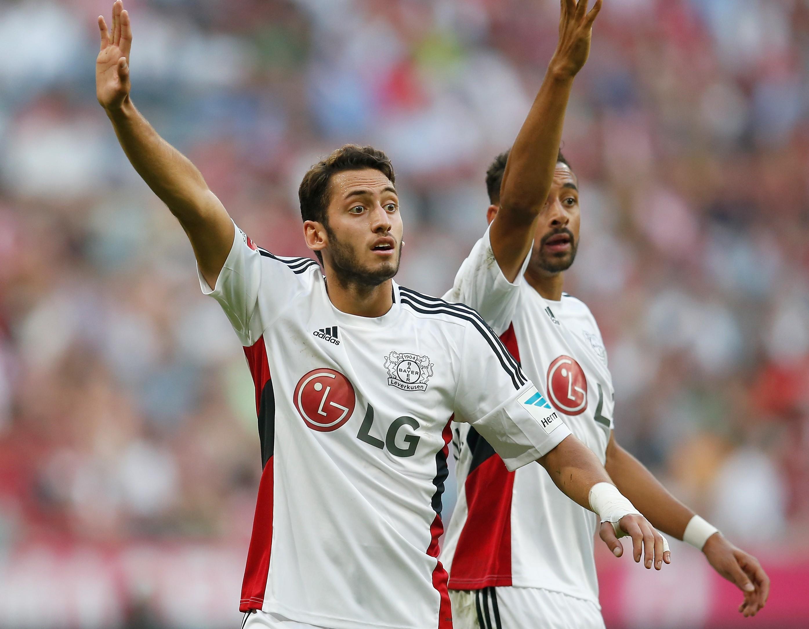 Manchester United eye transfers of Karim Bellarabi and Hakan Calhanoglu