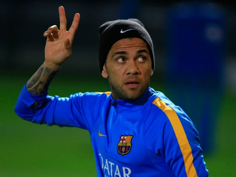 Barcelona's Dani Alves wants to seal transfer to England in the future