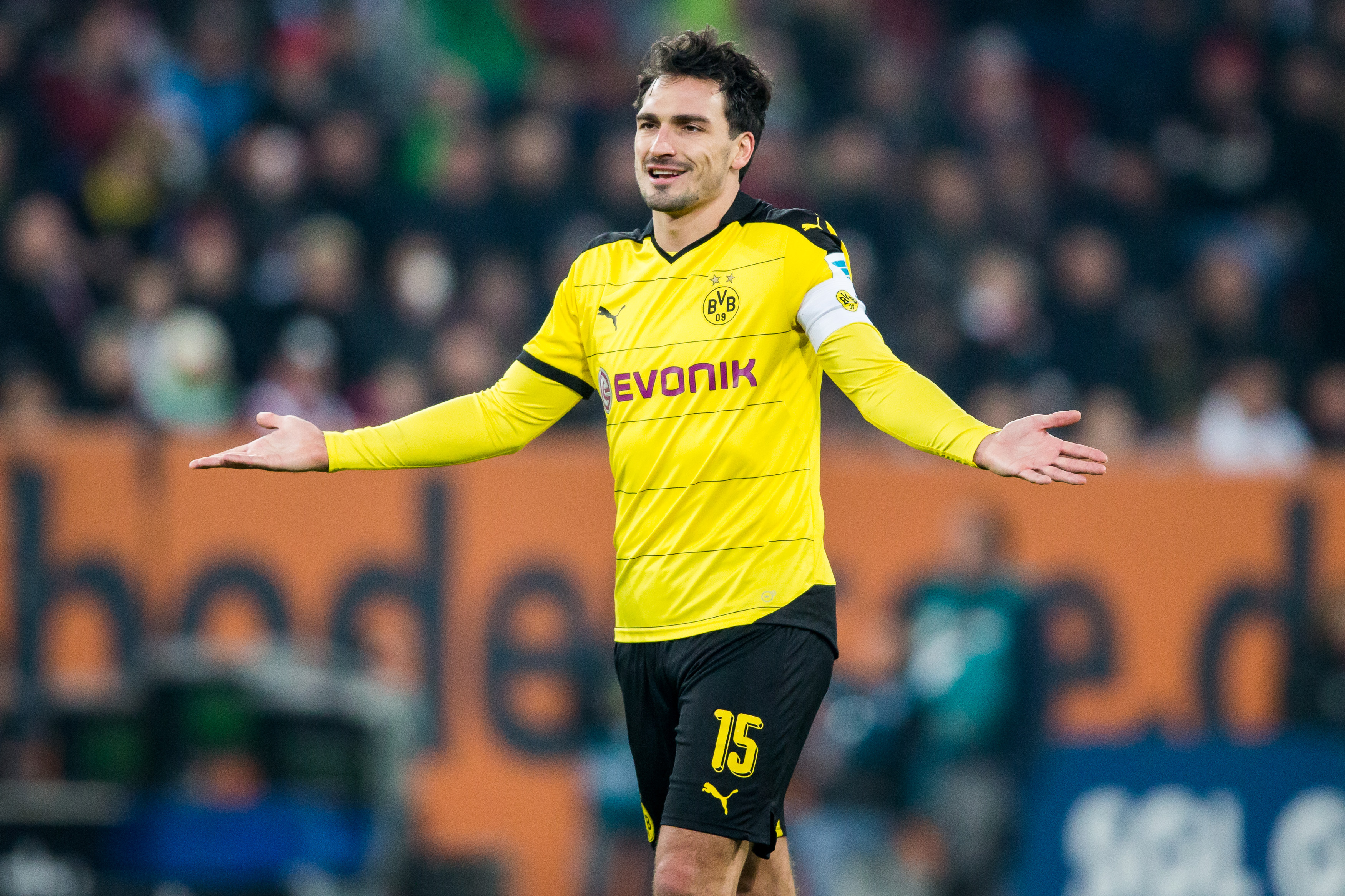 Will Chelsea sign Borussia Dortmund's Mats Hummels to replace John Terry?