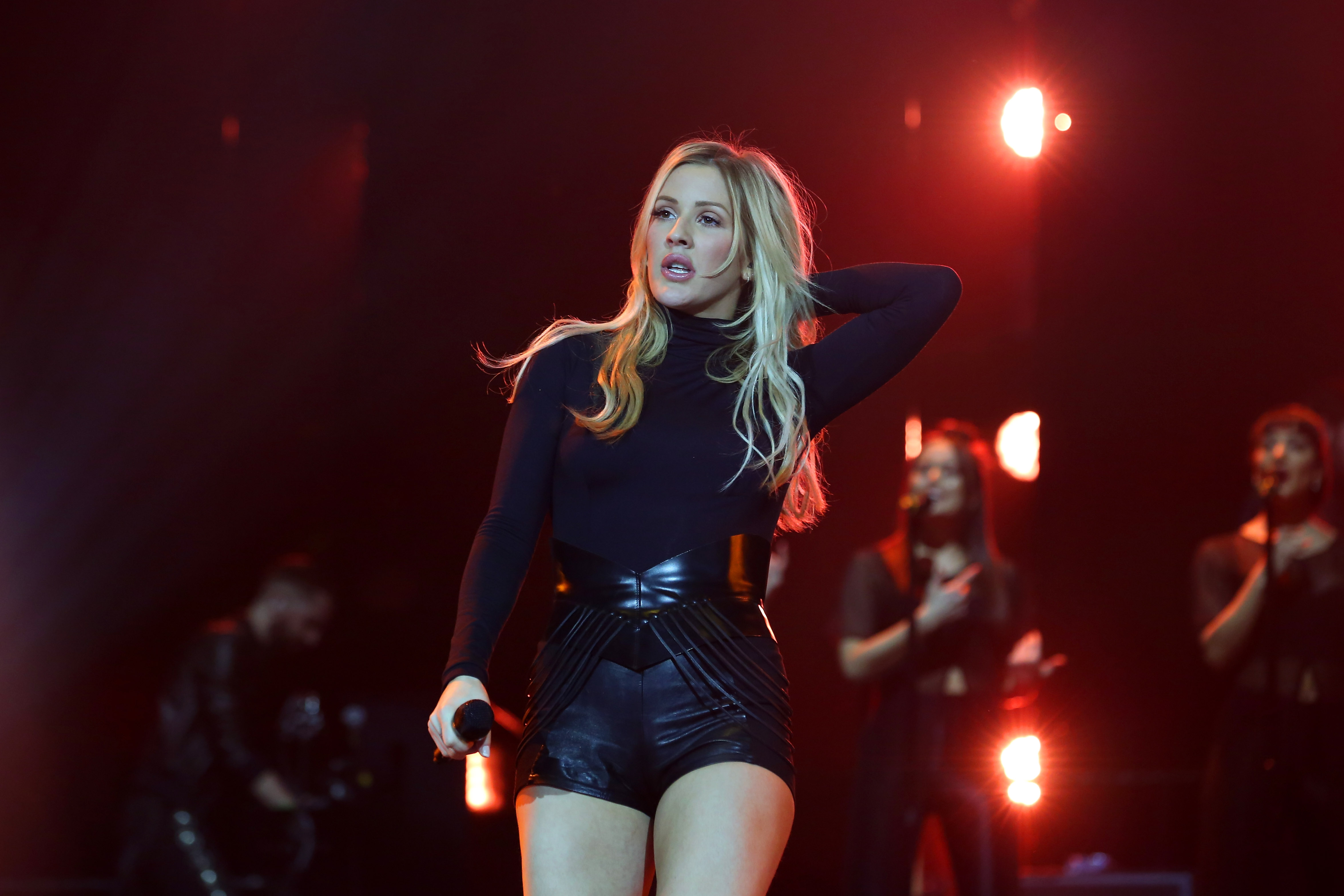 WATCH: Ellie Goulding pauses concert so fan can propose to his partner live on stage