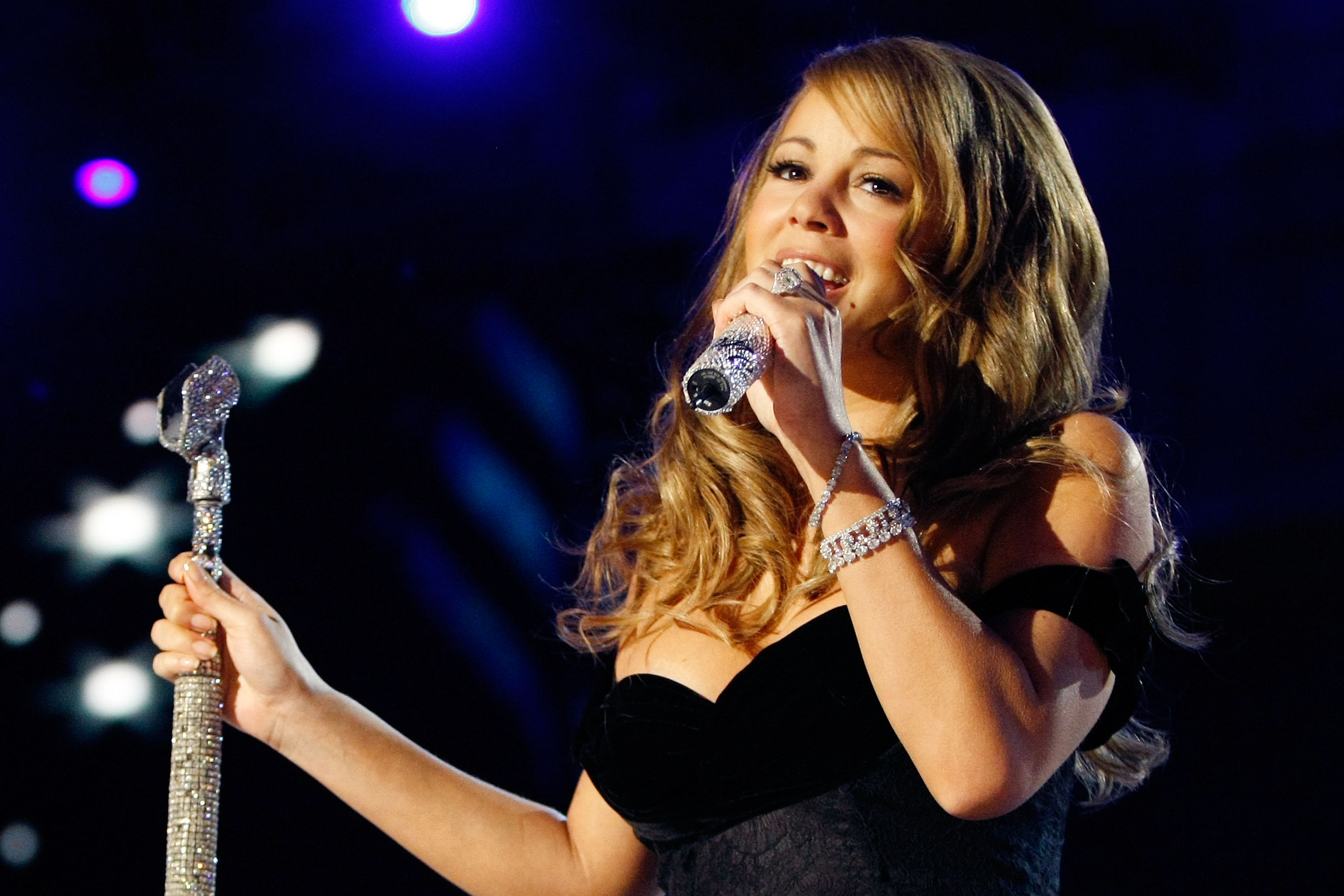 Mariah Carey cancels Brussels concert over safety fears following terror attacks