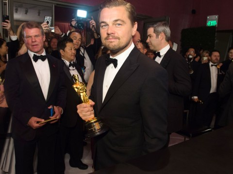 Oscars 2016: This video of Leonardo DiCaprio getting his Oscar engraved is everything