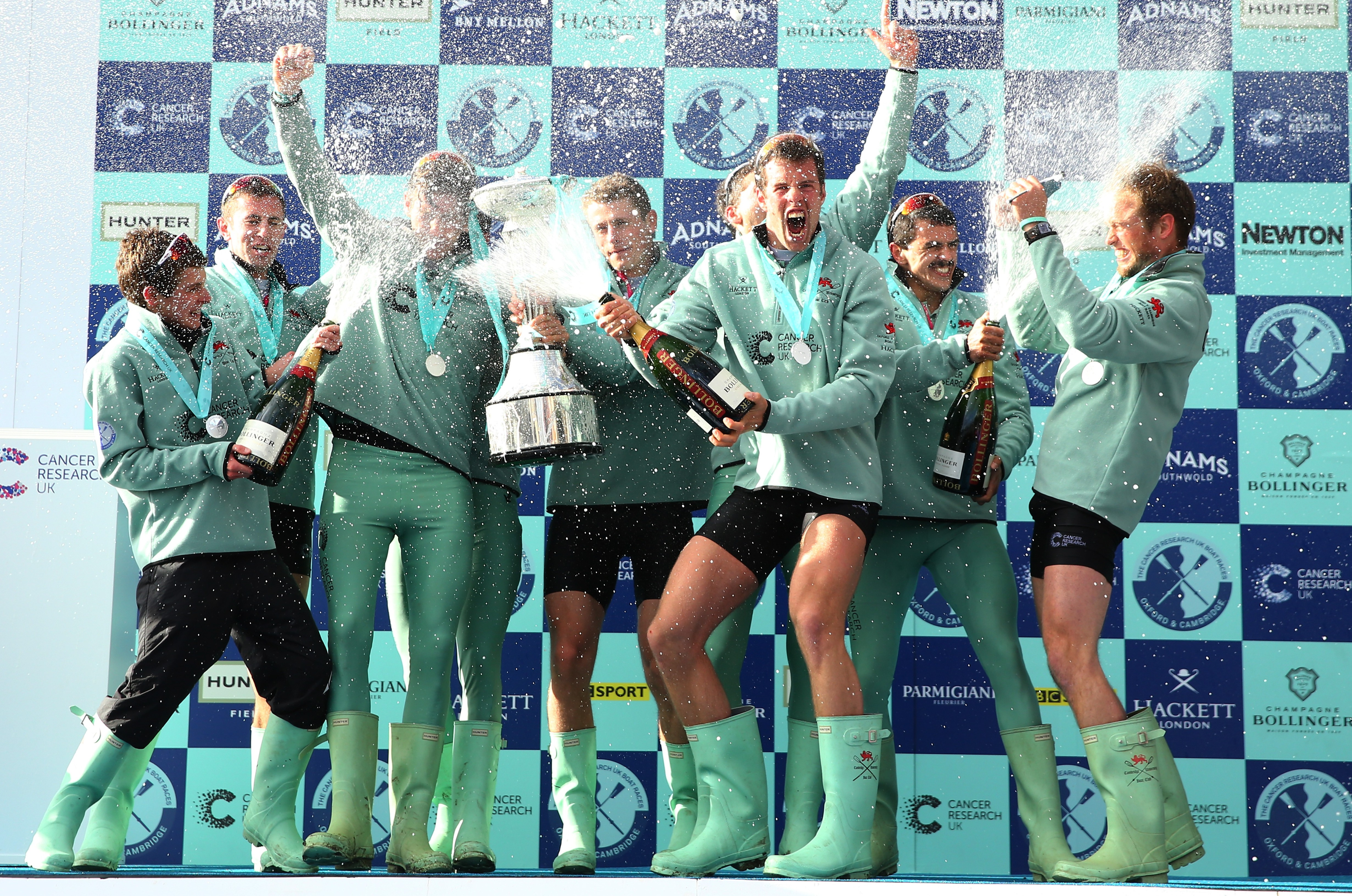 Cambridge end Oxford dominance by winning Boat Race 2016