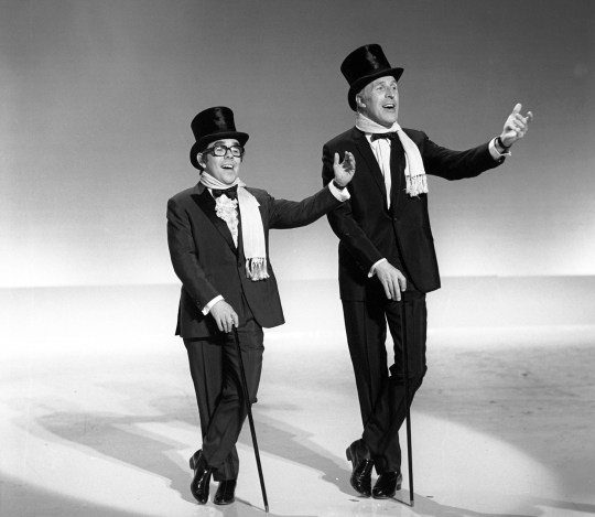 EDITORIAL USE ONLY / NO MERCHANDISING Mandatory Credit: Photo by ITV/REX/Shutterstock (1715335ae) Ronnie Corbett and Bruce Forsyth 'The Bruce Forsyth Show' TV Programme. - 1969 The Bruce Forsyth Show
