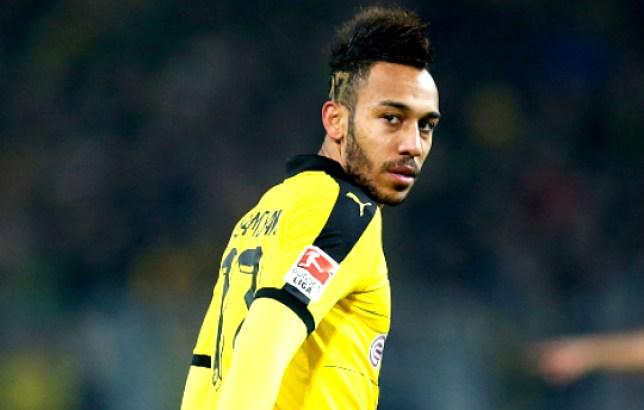 xxx of Borussia Dortmund is challenged by yyy of 1899 Hoffenheim during the Bundesliga match between Borussia Dortmund and 1899 Hoffenheim at Signal Iduna Park on February 28, 2016 in Dortmund, Germany.